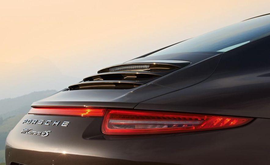 2013 Porsche 911 Carrera 4S Cabriolet - Slide 37