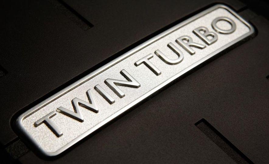 2013 Bentley Continental GTC V8 - Slide 19