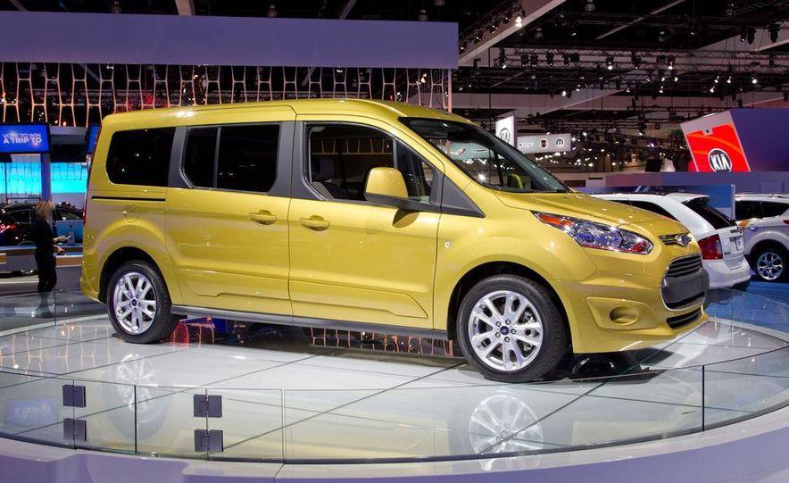 2014 Ford Transit Connect Titanium EcoBoost wagon - Slide 1