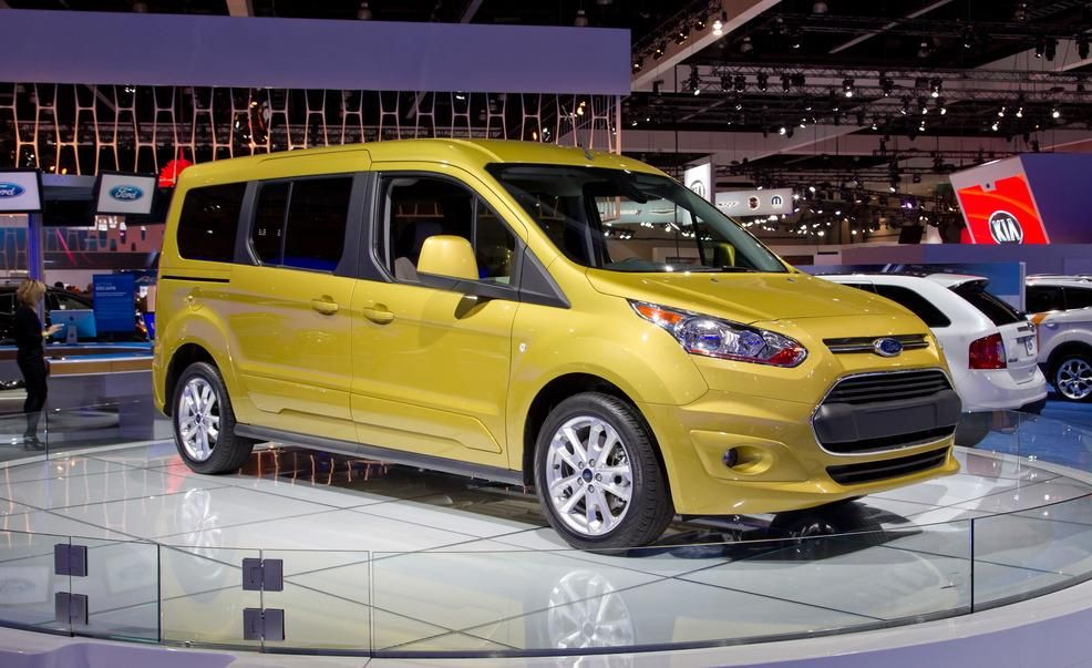 2014 ford transit connect titanium ecoboost wagon pictures photo gallery car and driver