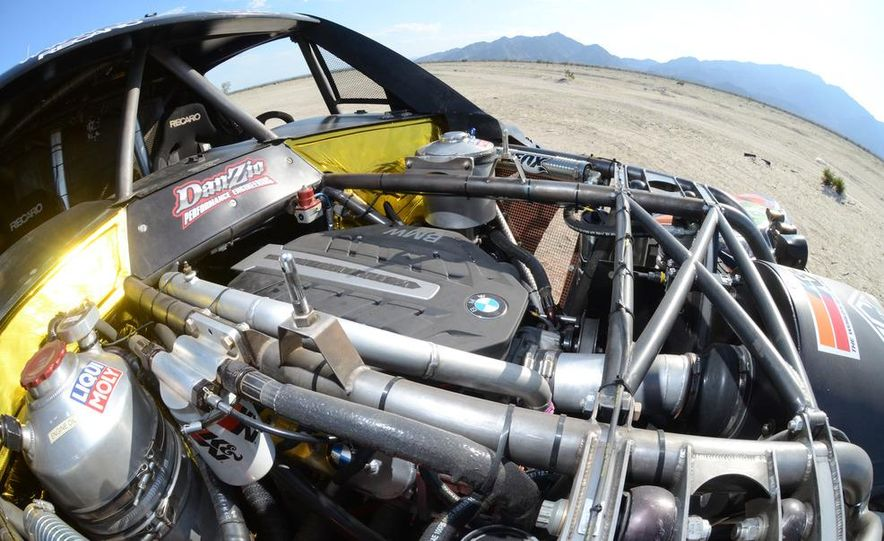 Baja Blitzkrieg: Taking the Reins of a BMW X6 Trophy Truck in Mexico - Slide 17