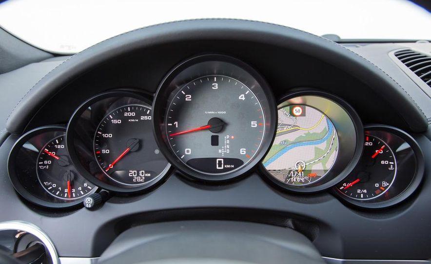 2013 Porsche Cayenne S diesel - Slide 29