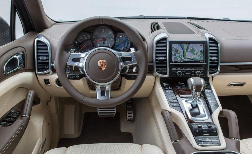2013 Porsche Cayenne S diesel - Slide 16