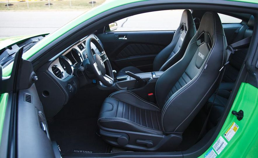 2015 Ford Mustang coupe (spy photo) - Slide 48