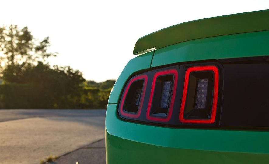 2015 Ford Mustang coupe (spy photo) - Slide 45