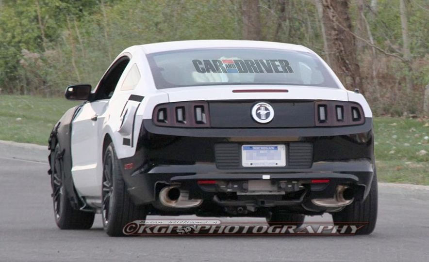 2015 Ford Mustang coupe (spy photo) - Slide 7