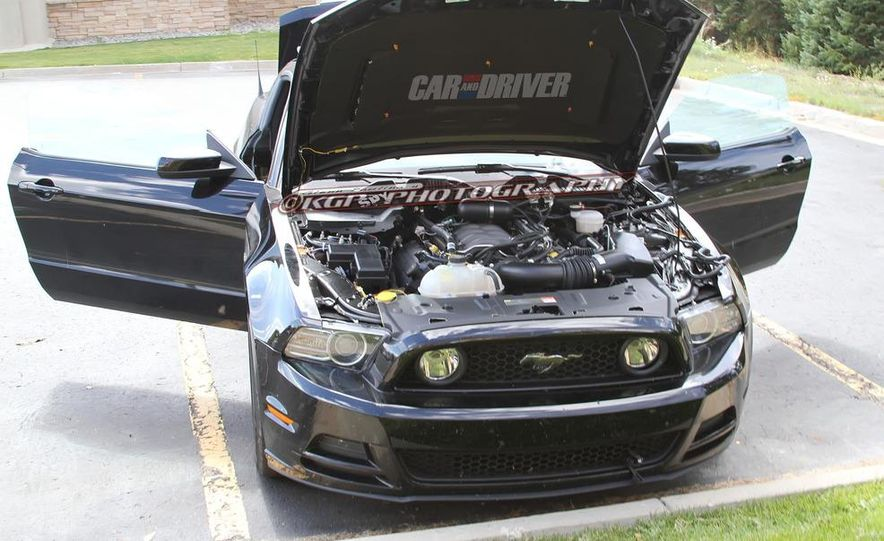 2015 Ford Mustang coupe (spy photo) - Slide 10