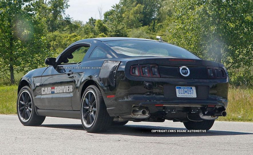 2015 Ford Mustang coupe (spy photo) - Slide 19