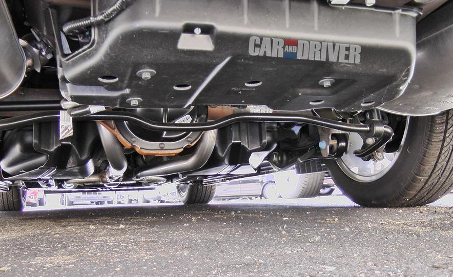 2015 Ford Mustang coupe (spy photo) - Slide 21