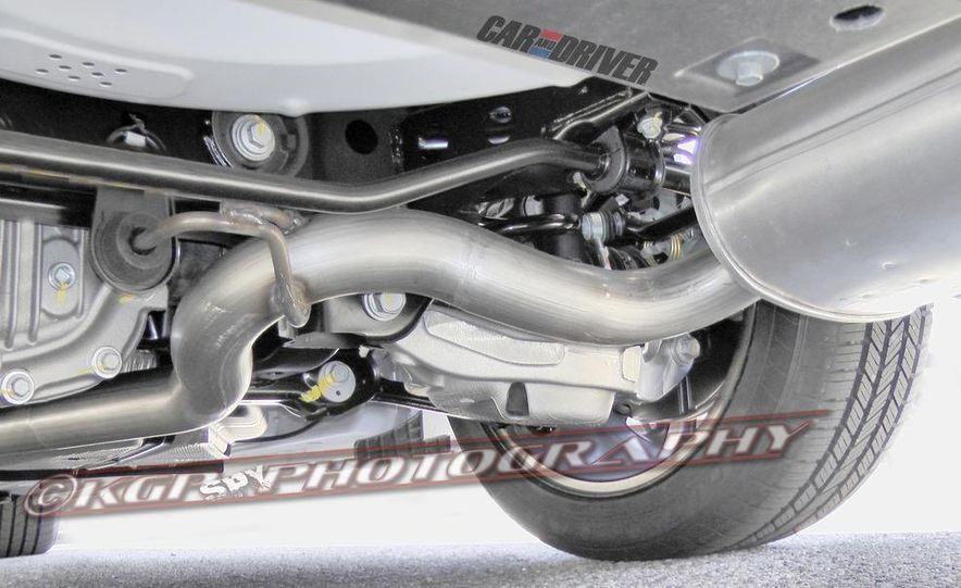 2015 Ford Mustang coupe (spy photo) - Slide 25