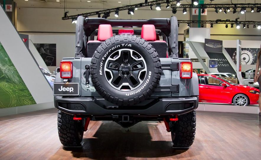 2013 Jeep Wrangler Rubicon 10th Anniversary Edition - Slide 2