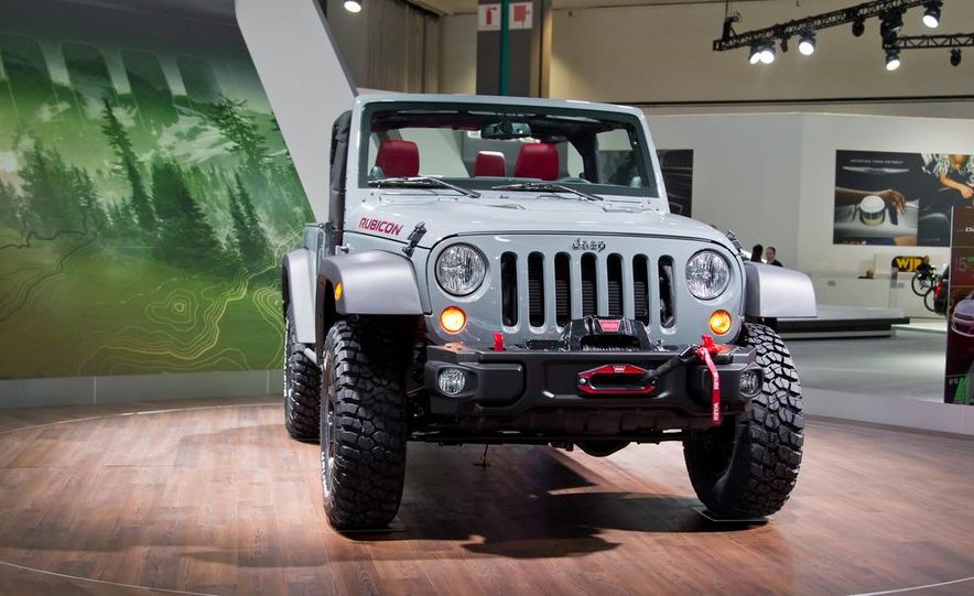 2013 Jeep Wrangler Rubicon 10th Anniversary Edition - Slide 9