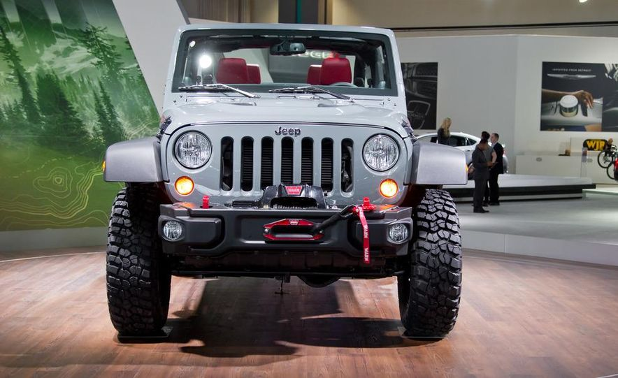 2013 Jeep Wrangler Rubicon 10th Anniversary Edition - Slide 10