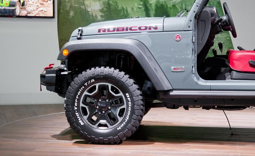 2013 Jeep Wrangler Rubicon 10th Anniversary Edition - Slide 14