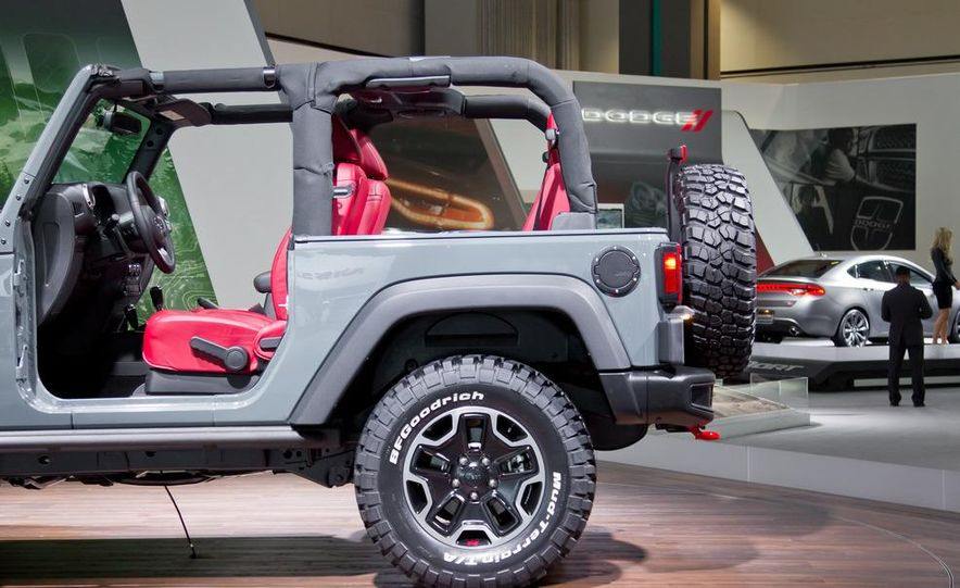 2013 Jeep Wrangler Rubicon 10th Anniversary Edition - Slide 15