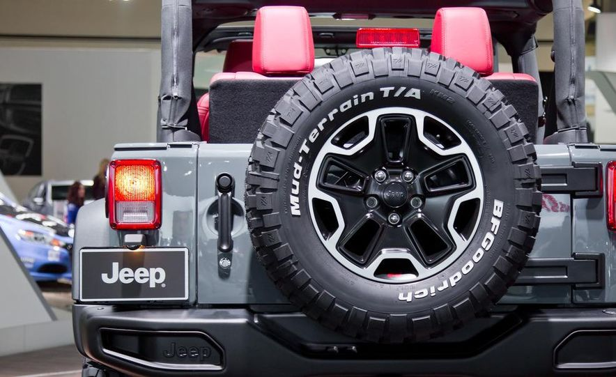 2013 Jeep Wrangler Rubicon 10th Anniversary Edition - Slide 18