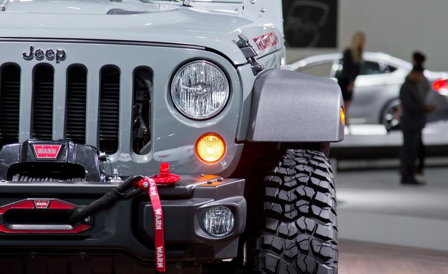 2013 Jeep Wrangler Rubicon 10th Anniversary Edition - Slide 25