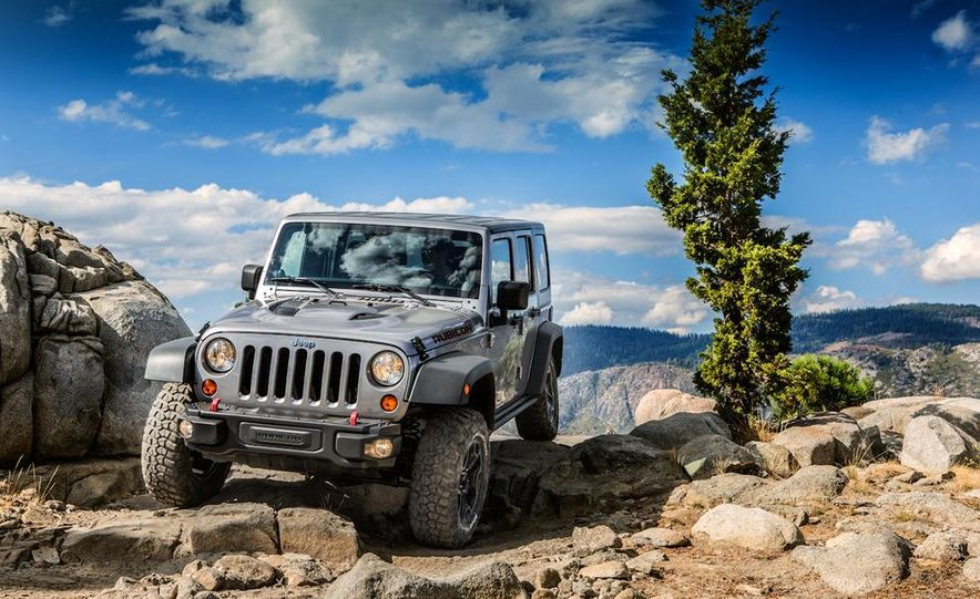 2013 Jeep Wrangler Rubicon 10th Anniversary Edition - Slide 29