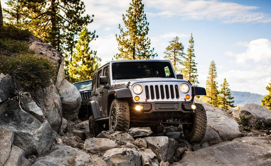 2013 Jeep Wrangler Rubicon 10th Anniversary Edition - Slide 31