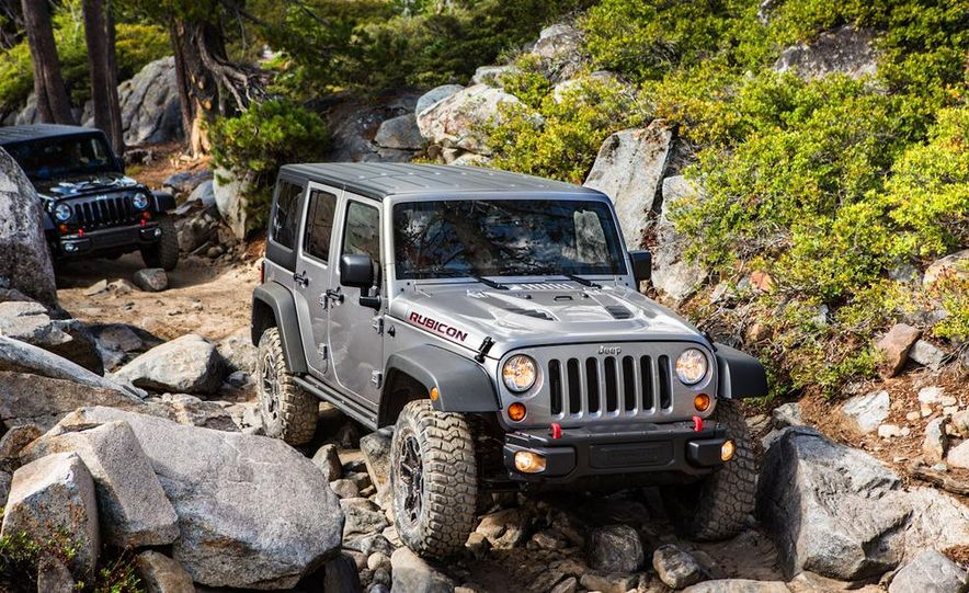 2013 Jeep Wrangler Rubicon 10th Anniversary Edition - Slide 28