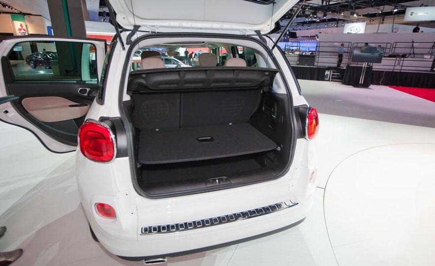 2014 Fiat 500L Trekking - Slide 17