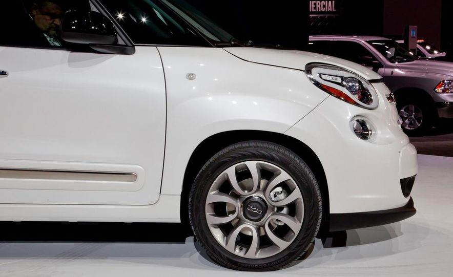 2014 Fiat 500L Trekking - Slide 14
