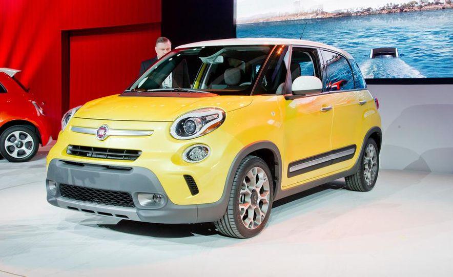 2014 Fiat 500L Trekking - Slide 3