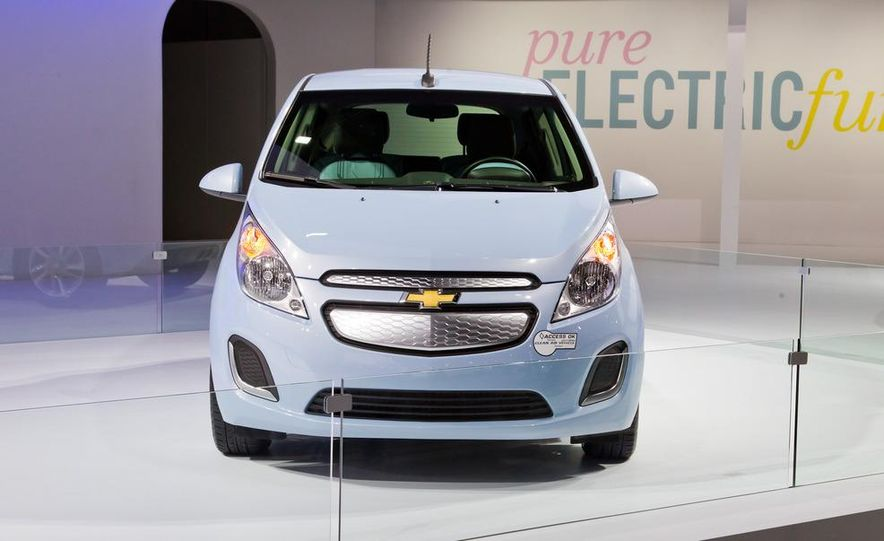 2014 Chevrolet Spark EV - Slide 1