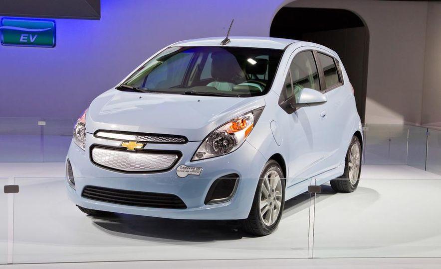2014 Chevrolet Spark EV - Slide 2