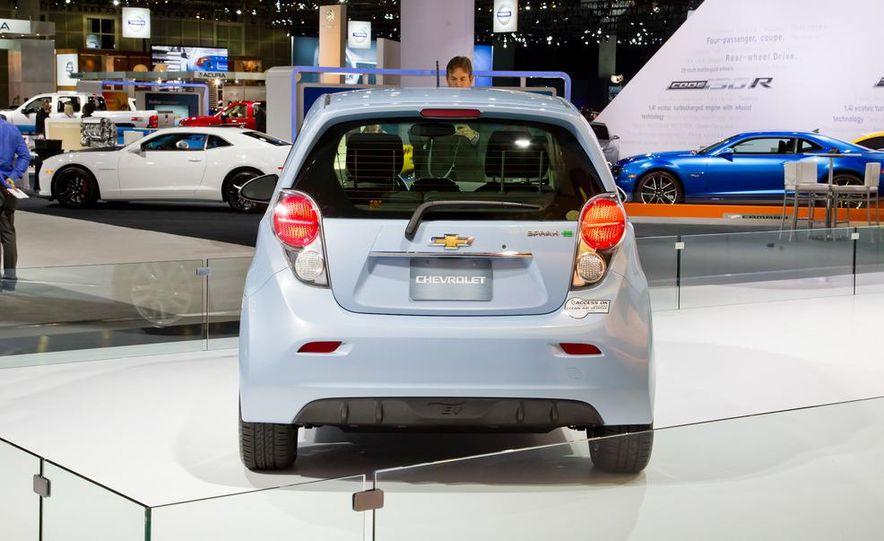 2014 Chevrolet Spark EV - Slide 8
