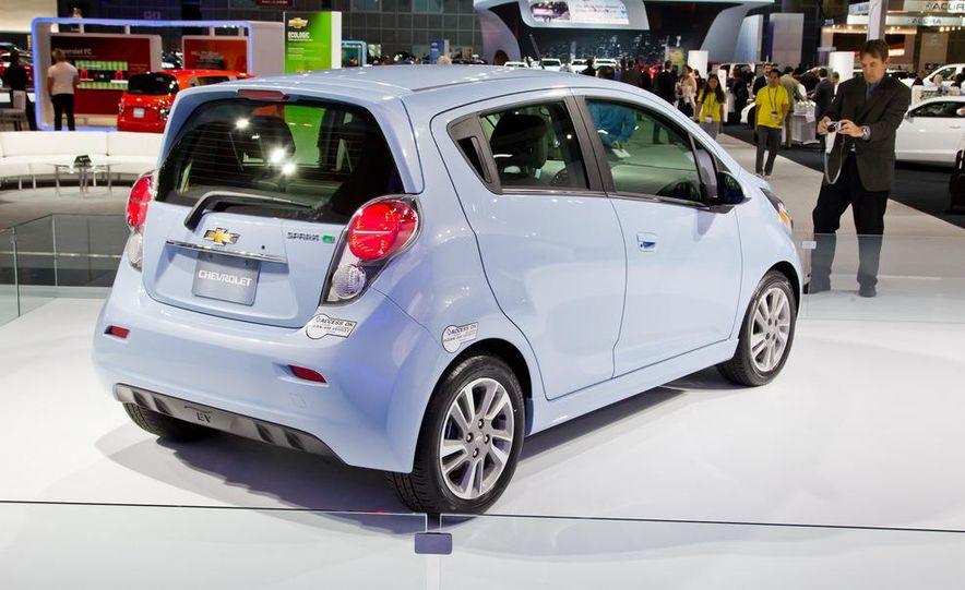 2014 Chevrolet Spark EV - Slide 9