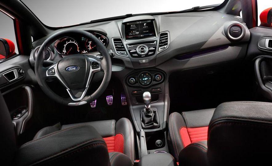 2014 Ford Fiesta ST - Slide 49