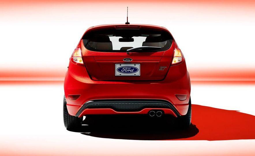 2014 Ford Fiesta ST - Slide 44