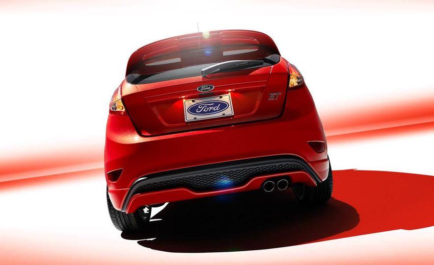 2014 Ford Fiesta ST - Slide 46