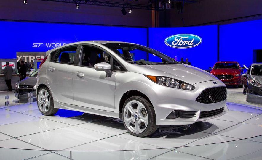 2014 Ford Fiesta ST - Slide 1