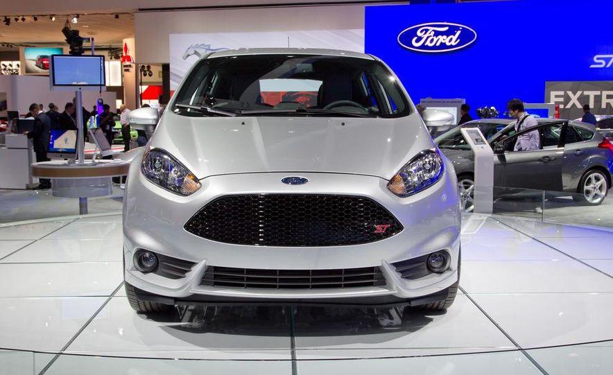 2014 Ford Fiesta ST - Slide 3