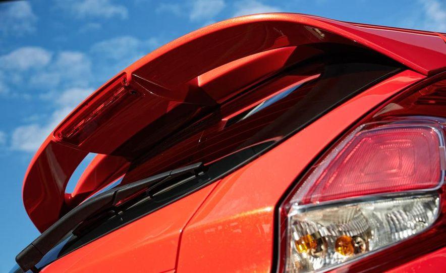 2014 Ford Fiesta ST - Slide 38
