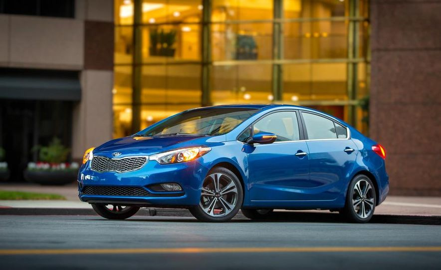 2014 Kia Forte EX GDI sedan - Slide 24