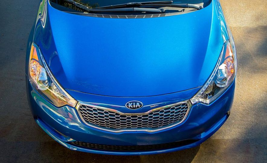2014 Kia Forte EX GDI sedan - Slide 30