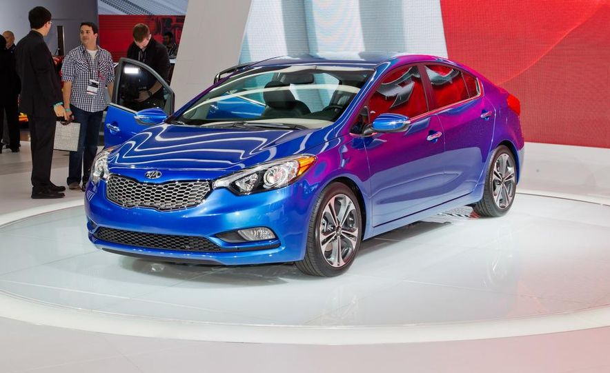 2014 Kia Forte EX GDI sedan - Slide 1