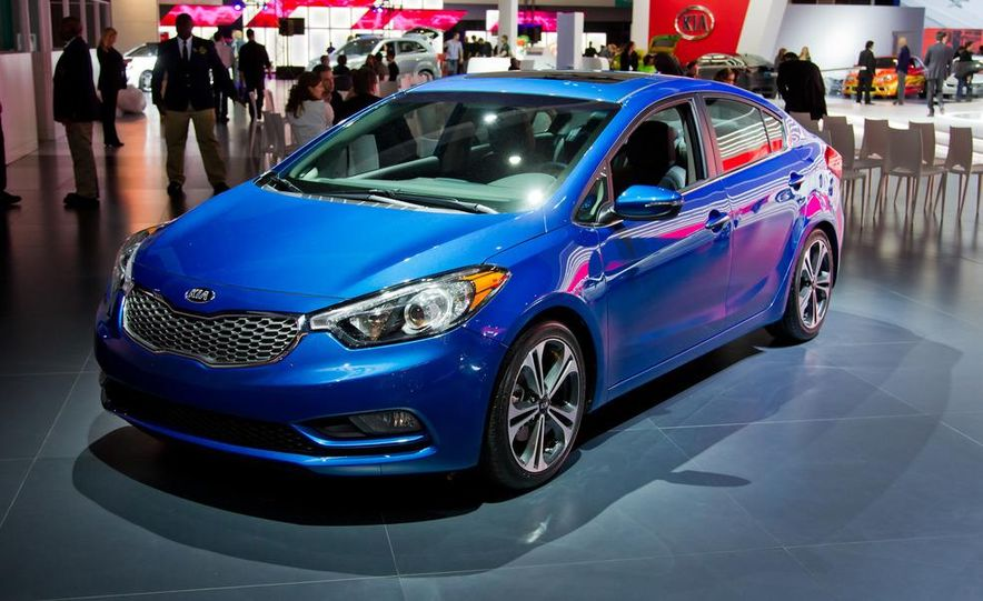 2014 Kia Forte EX GDI sedan - Slide 5