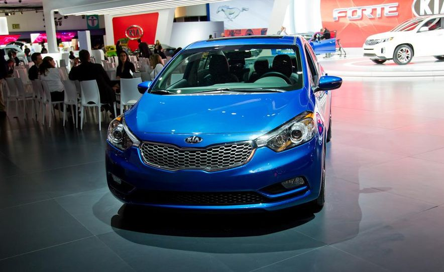 2014 Kia Forte EX GDI sedan - Slide 6