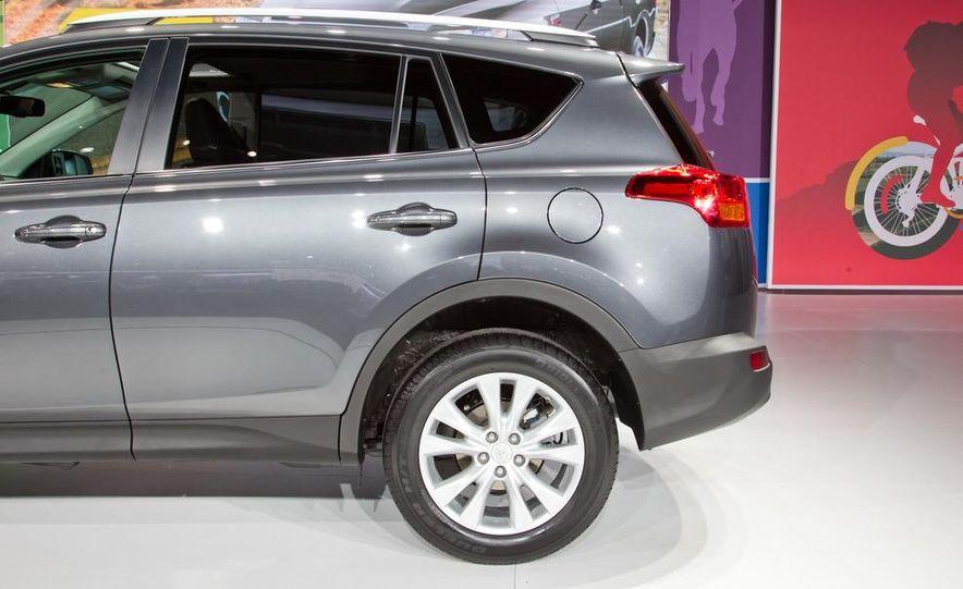 2013 Toyota RAV4 Limited - Slide 11
