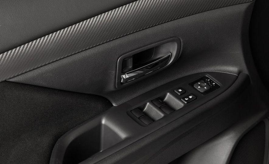 2014 Mitsubishi Outlander GT - Slide 75
