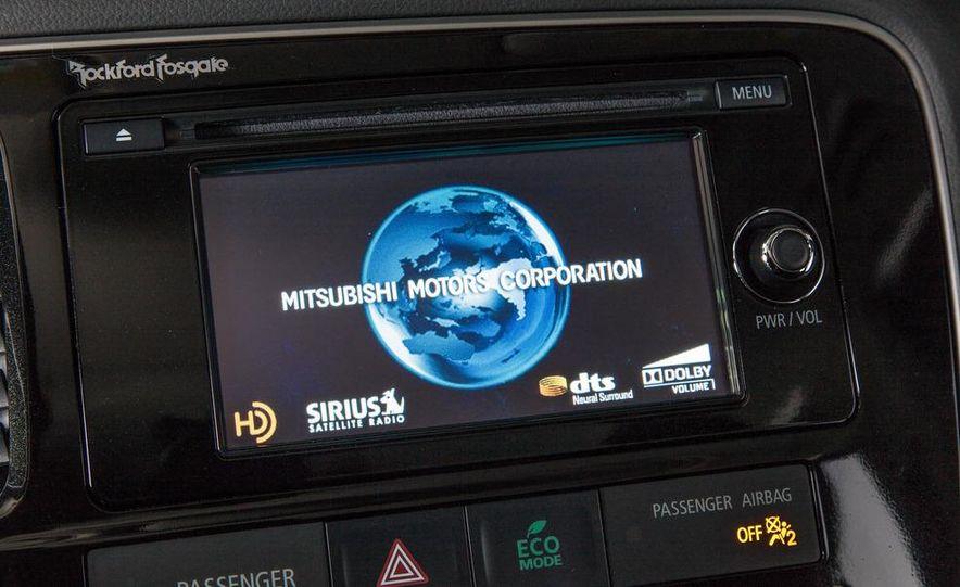 2014 Mitsubishi Outlander GT - Slide 70