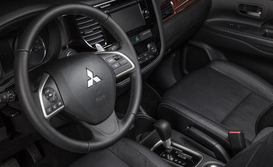 2014 Mitsubishi Outlander GT - Slide 59
