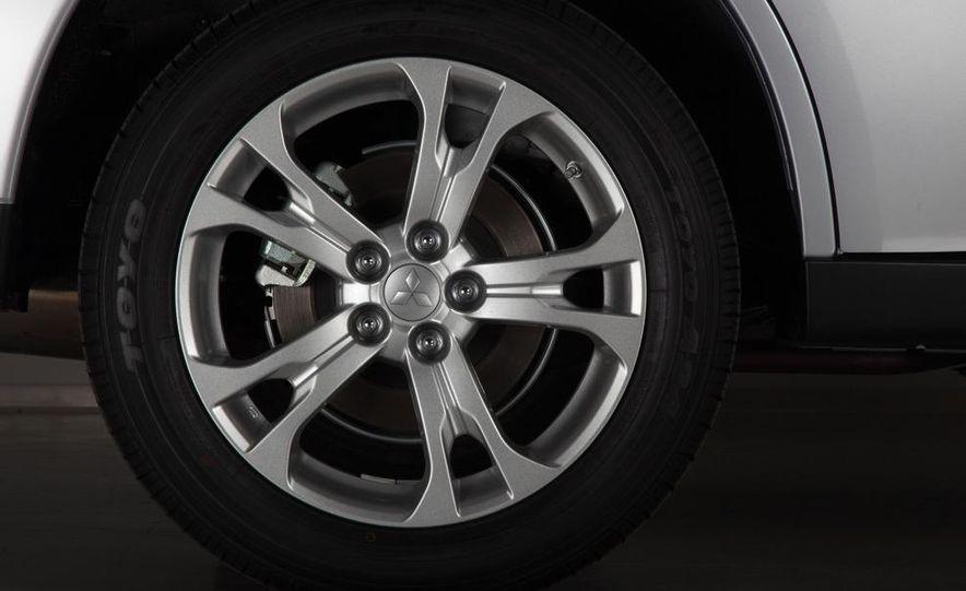 2014 Mitsubishi Outlander GT - Slide 80