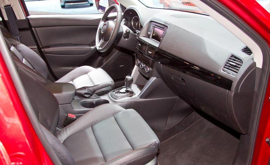 2014 Mazda CX-5 Touring AWD - Slide 11