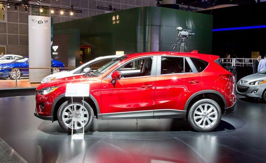 2014 Mazda CX-5 Touring AWD - Slide 6
