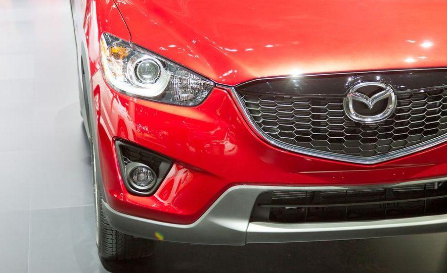 2014 Mazda CX-5 Touring AWD - Slide 10